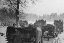 Battle Of The Bulge / The Battle Of The Bulge: When everyone thought that World War II was won, the Germans attacked with 250,000 men, heavy tanks, and new artillery.