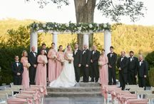 Bridal Party Photography Ideas // The Tate House / The classic southern romantic fantasy is felt throughout the stately plantation like setting. The gardens invite you to stroll through the centuries old oaks and to host your garden wedding amongst the six flowing fountains and picturesque statues surrounding the outdoor wedding site. This Georgia outdoor wedding venue features the 19,000 square foot mansion and 4,000 square foot formal ballroom.