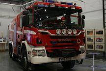 W World Fire Rescue (1) / World FD & Rescue Orgs..