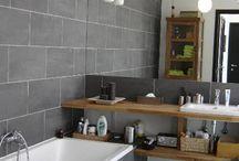 Bathrooms / Bai