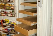 Kitchen storage / larda