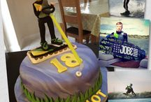 Wakeboarding and Speedboat Cakes