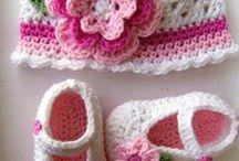 Baby beanie& shoes crochet