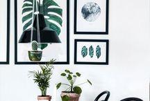 Ideas para crear espacios Urban Jungle / El estilourban jungle no es una mera decoración. Este estilo evoca la vida salvaje y la conexión con la naturaleza. Su repercusión ha sido tal que se ha convertido en una forma de expresión que aboga por la sostenibilidad y lo ecológico. Si buscas disfrutar de la tranquilidad de la naturaleza en tu hogar, éste es tu estilo. Sigue los truquitos que te traemos hoy para crear tu propia jungla urbana y seguro que darás en el clavo.