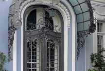 Architecture ∞ Belles portes, Beautiful doors / Photographies de belles portes, architecture. Beautiful doors.