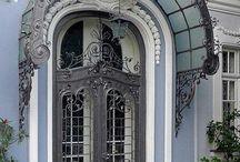 Belles portes ∞ Beautiful doors / Photographies de belles portes. Beautiful doors.