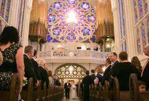 Real Wedding: Jenny + Mike / Real Weddings: Jenny + Mike #bigcitybride wedding planning. Photo Credit: Riverbend Studio
