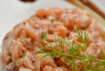 Pratos com Salmão (sushi)