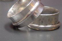 Crafts: Jewelry making / by Jennifer Wesson-Ramey