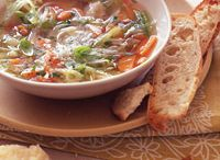 RECIPES: SOUPS, STEWS, CHOWDERS, SAUCES / by Jane Tindall