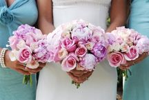 Wedding Bouquets: Why They Cost a Lot and How to Avoid It / Some suggestions on how you can save money spent on flowers for wedding bouquets.
