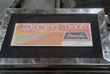 Bakar Batu / Cooking / Alat panggang yg terbuat dari batu Memabakar tidak perlu repot Cukup diletakkan diatas kompor Tanpa mengipas-ngipas Barang yang dikirim sudah dicek  Jika ada kerusakan diperjalanan bukan tanggung jawab kami Kami tidak menerima pengembalian barang  Dapatkan produk ini hanya di Shopee! https://shopee.co.id/klikgrosirorganizer/108223899 #ShopeeID