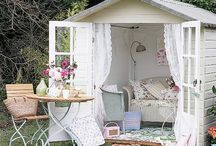 Garden sheds and greenhouses / Garden buildings
