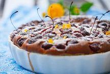 Fresh Dessert / Cakes, fruits, ice-cream and lollies bu CuboImages