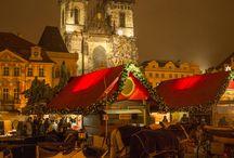 MERCADOS DE NAVIDAD / ¿Viajar a Europa en Navidad? ¡Es una época del año totalmente mágica! Con Europamundo te invitamos a vivir la experiencia de los mercadillos navideños en ciudades como Viena, Brujas, Berlín, París,New York y Londres. ¡Déjate embrujar por sus olores, colores y sonidos!