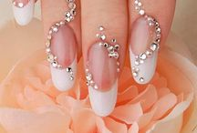 Romantic Wedding Nail Art  / You want the prettiest nails for your wedding day, inspiration is here