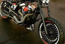 Voitures et motos