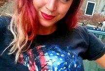 10 SELFIES HARD ROCK PER RIHANNA! / Abbiamo chiesto a 10 ragazze bellissime di Venezia e dintorni di mostrarci il loro amore per #Rihanna indossando la nostra nuova T Shirt creata in collaborazione con la pop star grazie al supporto di Hard Rock per la Clara Lionel Foundation! ...Non sono meravigliose?!