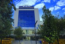 "abba Granada Hotel**** - Hotel in Granada / 136 Rooms. Meeting rooms for up to 200 people. Lounge Bar, Restaurant, Gym, Jacuzzi, Sauna, Outdoor pool and Car Park. Superb situation in the city center, in ""Avenida de la Constitución"", just a few meters to ""Los Jardines del Triunfo"", gardens and ""Barrio del Albaycin"" city quarter. / by Abba Hoteles"