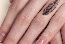 Finger tatto