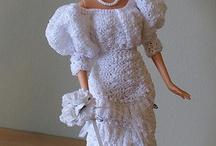 Vêtements de poupée en crochet