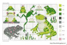 Cross stitch - frogs