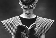 Reading reading reading / Reading / by Derya Tamdogan