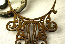 Кожаное ожерелье