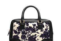 Fashion Bags / Everything bags... / by MsMarcieg