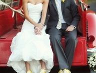 Weddings&love  / by Mikayla Burns