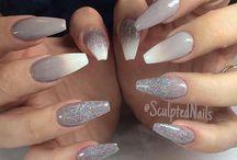 / nails /