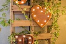 Rustic Cace decorations