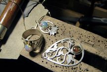 Jewelry & Metalsmithing / Creating jewelry through the manipulation of various metals.