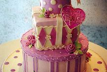 Pretty cakes / by Lisa Emmons
