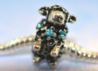Delightful Animal Bead Charms / A barrel full of cute creatures!