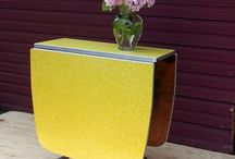 Gateleg table (стол книжка)