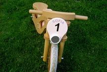 Bicicletta interamente in legno
