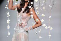 Moda w kwiatach / Florystyczne kreacje mody - kwiaty jako biżuteria, ubranie, ozdoba.