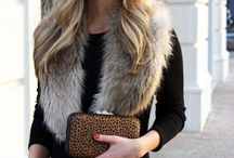 Faux fur stole Street Style winter fashion ❤️