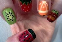 Color Nails / by Ingunash Raw