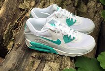 nike air max 90 essential / This series of shoes in the work is very good, all aspects of sports experience are very good.