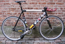 fixies / fixed gear bikes / by A H