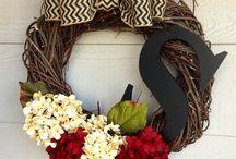 Wreaths / by Kimberly Ethridge