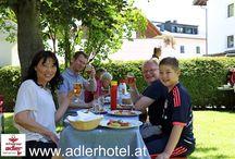 Rundum zufriedene Gäste im Aktiv Hotel Schwarzer Adler