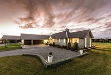 Envira weatherboard home / This spacious home has been clad in durable, attractive Envira weatherboards.