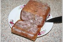 колбасы и мясные рулеты