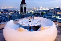 Stunning rooftop bars / A selection of stunning sky-high bars to track down on your travels, cocktail in hand.