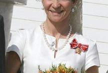 Doña Elena de Borbón,  una dama aparte.