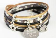 www.nemetibijoux.com - bijoux liberty gravés personnalisés / retrouvez toutes mes créations dans ma boutique :  https://nemetibijoux.com/ contact mail : contact@nemetibijoux.com