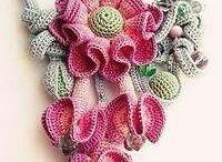 Tejidos en crochet / by Rossina Uria